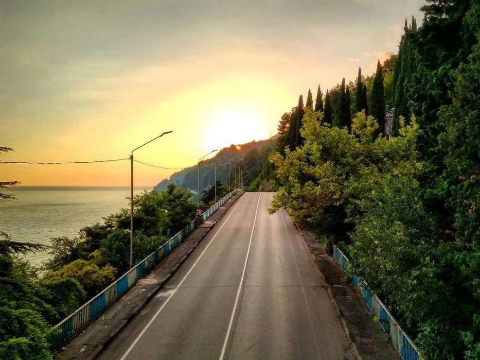 Дорога в Абхазии